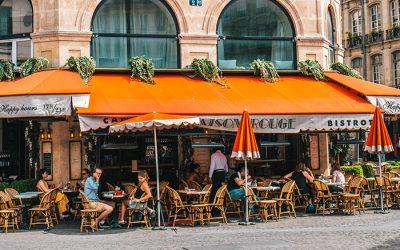 Placement d'une terrasse Horeca : le Gouvernement wallon élargit la dispense de permis d'urbanisme