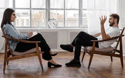Les indépendants impactés par la crise pourront bénéficier de 8 séances gratuites chez un psychologue